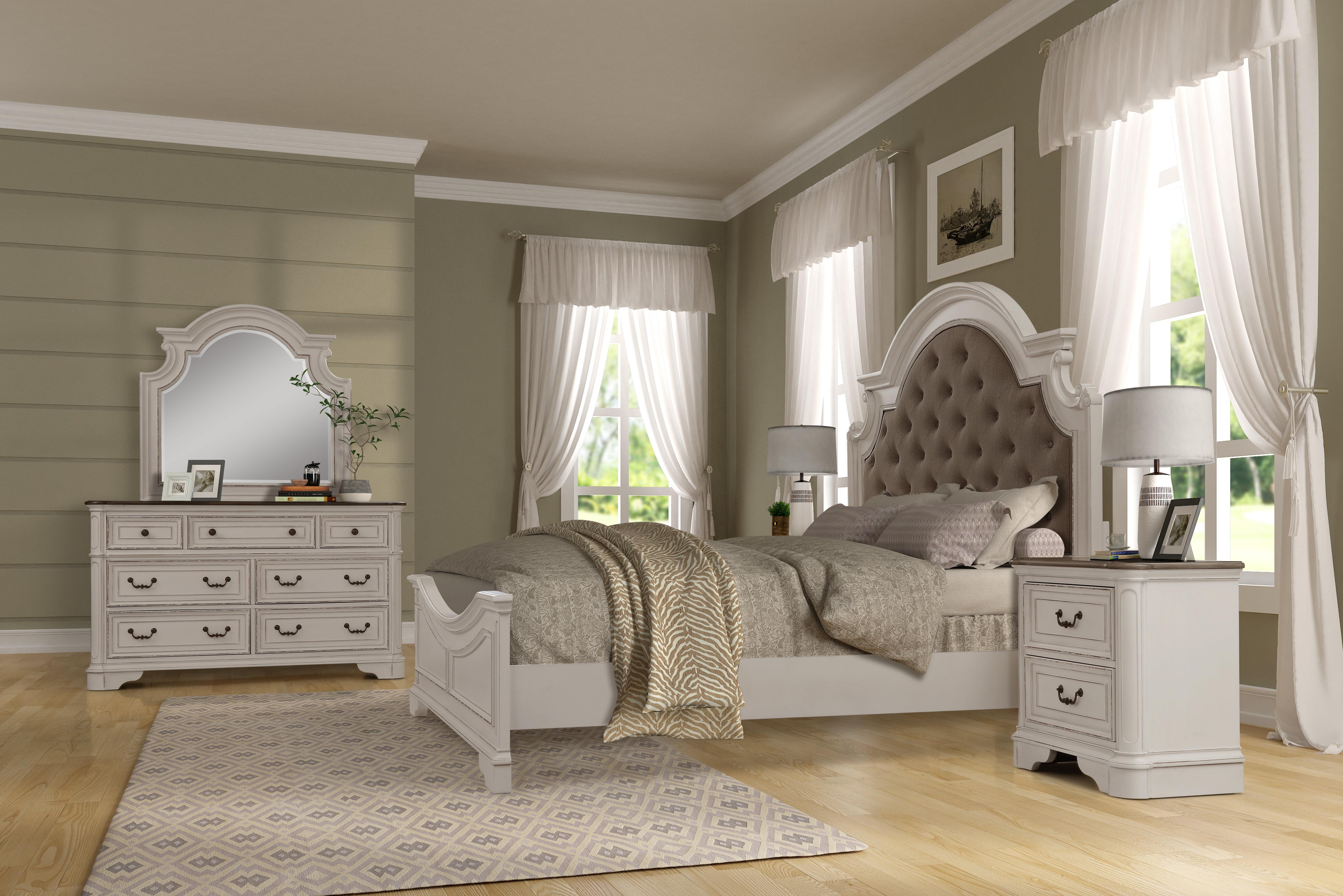 Lilia Oak Wood Standard 12 Piece Bedroom Set