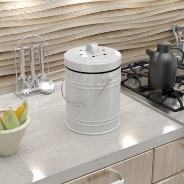 Attirant Oversized 1.3 Gallon Kitchen Compost Bin