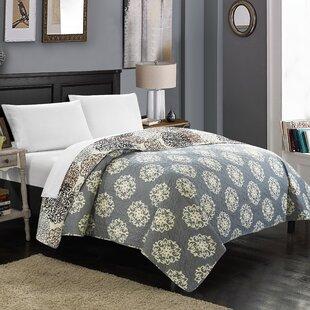 Charlton Home Burg Boho Inspired Reversible Print Quilt