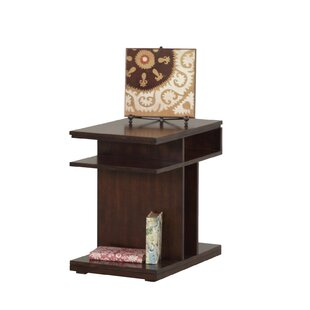 Darby Home Co Janene Chairside Table