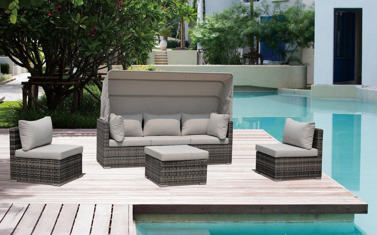 Brayden Studio Strawser 4 Piece Courtyard Casual Daybed Set with Cushions