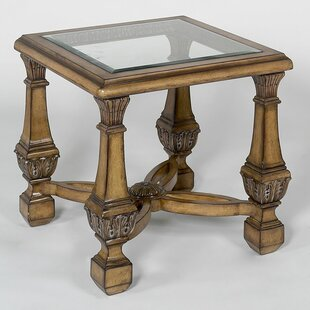 Benetti's Italia Lucille End Table
