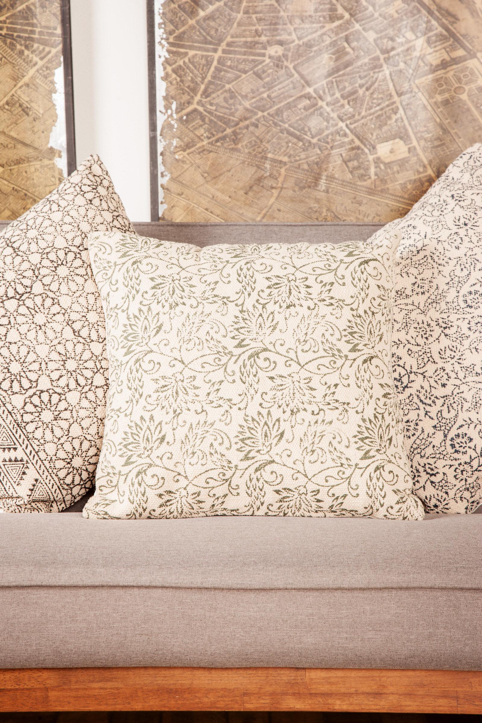 Bungalow Rose Gosnells Traditional Square Kilim Throw Pillow Wayfair
