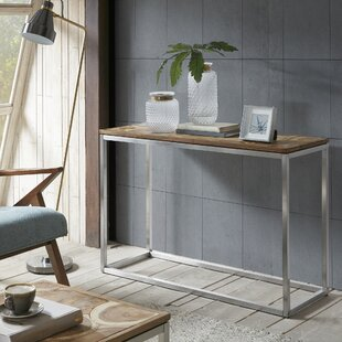 Lombardo Console By17 Stories