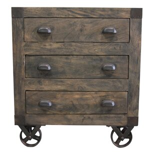 Pakswith 3 Drawer Accent Chest
