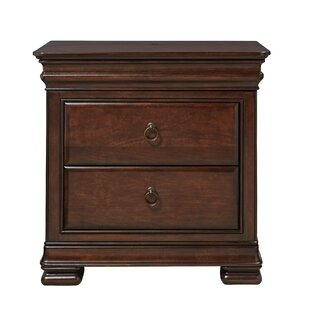 Superbe Baily 3 Drawer Nightstand