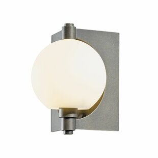 Pluto 1-Light Outdoor Sconce by Hubbardto..