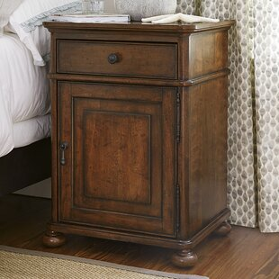 Dogwood 1 Drawer Nightstand