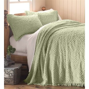 Plow & Hearth Wedding Ring Tufted Chenille Bedspread
