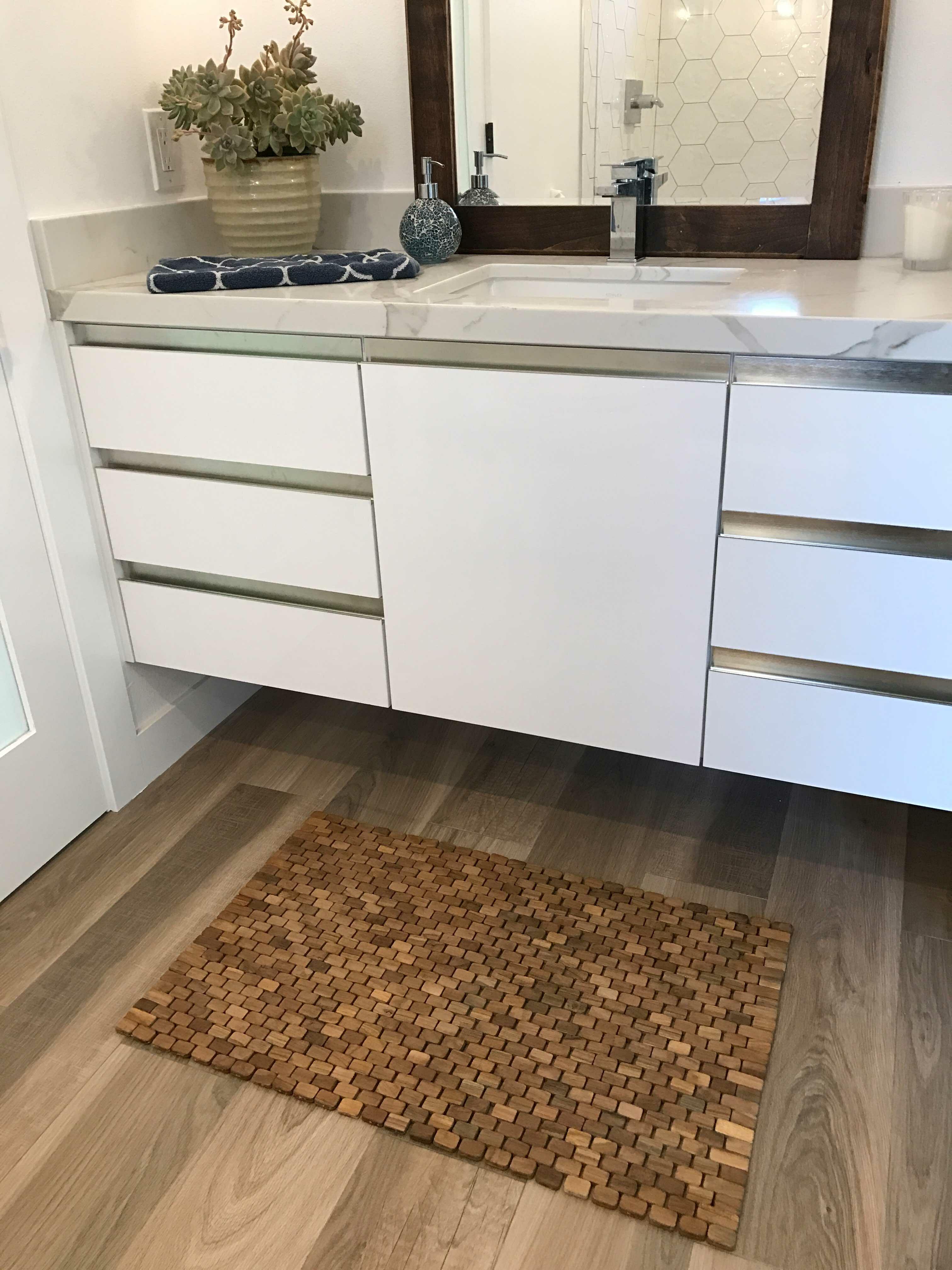 Hip O Modern Living Oversized Solid Teak Indoor Outdoor Floor Mat Rectangle Hardwood Non Slip Geometric Shower Mat Reviews Wayfair