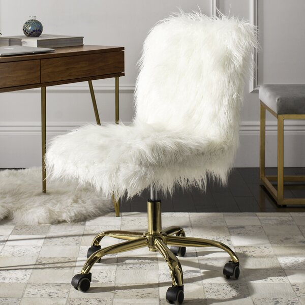 white fuzzy teen desk chair