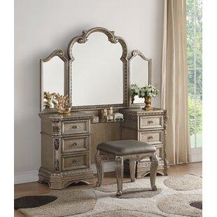 Rosdorf Park Leanos Vanity with Mirror