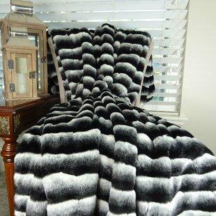 Loon Peak Weatherspoon Chinchilla Bedspread