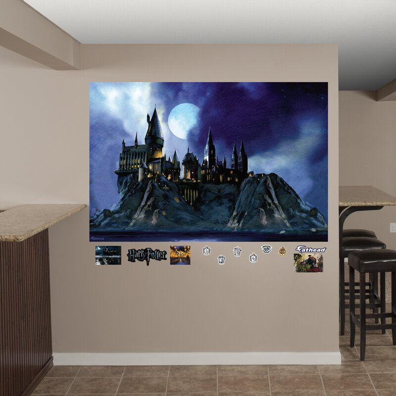 Harry Potter Hogwarts Castle Peel And Stick Wall Decal