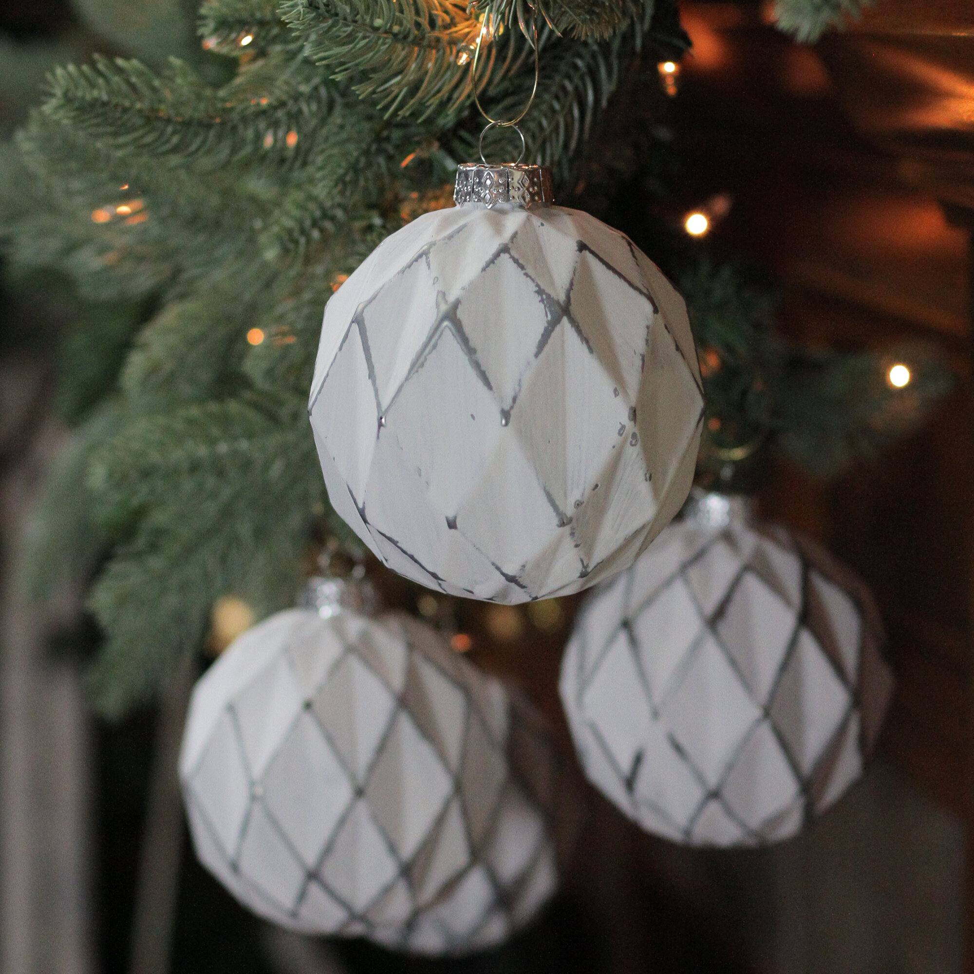Northlight 4ct Emerald Green And White Rhombic Pattern Glass Christmas Ball Ornaments 4 100mm Wayfair