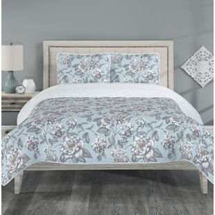 Annabelle Reversible Quilt Set