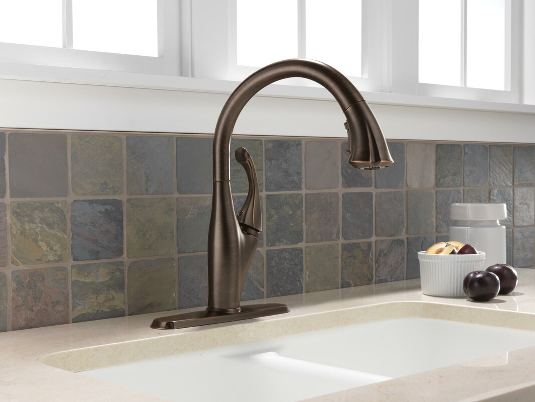 delta addison single handle pull down standard kitchen faucet default name