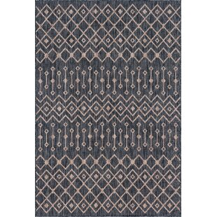 Leyla Brown/Beige Indoor/Outdoor Area Rug