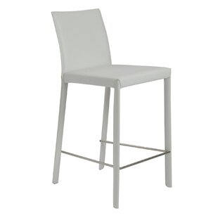 Linda 26 Bar Stool