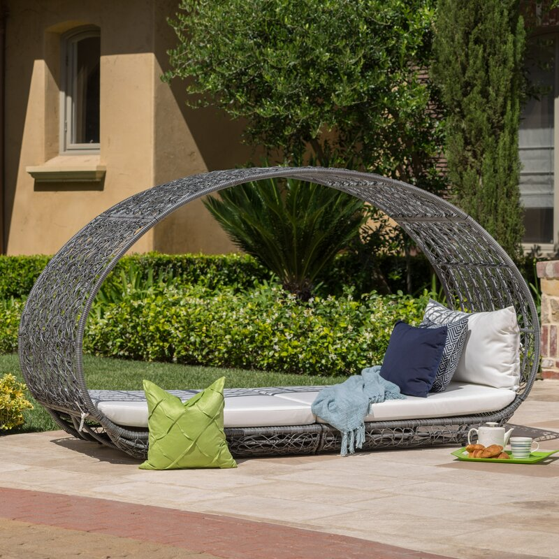 Lavina Outdoor Patio Daybed with Cushions
