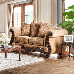 World Menagerie Destanee Traditional Loveseat