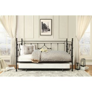 Sadie Quatrefoil Daybed with Trundle by Alcott Hill