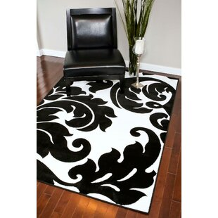 Alanson Black/White Indoor/Outdoor Area Rug