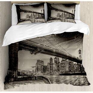 East Urban Home New York Summer Night in Manhattan Brooklyn Bridge Park River Waterfront Modern City Duvet Set