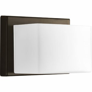 Dawel 1-Light Bath Sconce by Latitude Run
