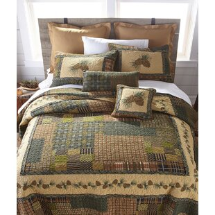 Millwood Pines Fiora Country Pine Quilt