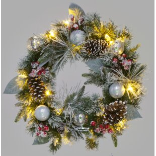 60cm Lighted Wreath Image