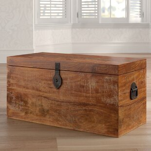 Superieur Angelique Storage Chest