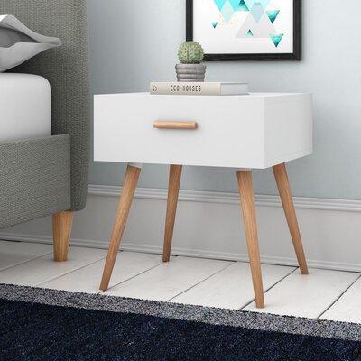 Nachttisch Scanio | Schlafzimmer > Nachttische | Matt - Weiß | Holz - Filz | Fjørde & Co
