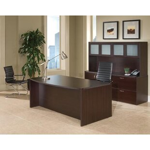 Fairplex 3-Piece Standard Desk Office Suite by Flexsteel Contract Looking for