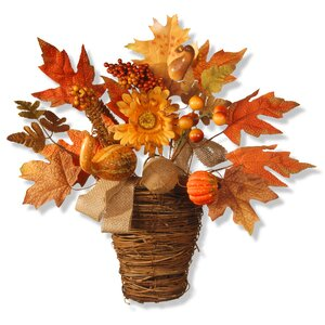 Harvest Maple Leaf Wall Basket