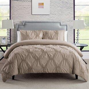 Jaelynn Reversible Comforter Set
