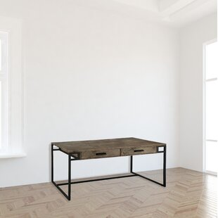 Boligee Desk