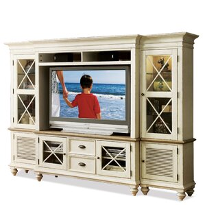 Quevillon Entertainment Center by Lark Manor