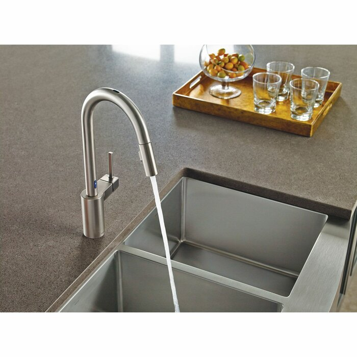 Align Pull Down Single Handle Kitchen Faucet with MotionSense™
