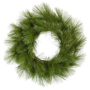 Hanley Christmas 60cm Wreath Image