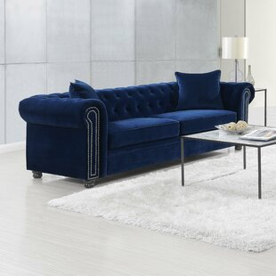 Heathfield Loveseat