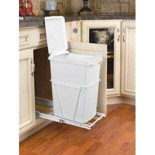 8.75 Gallon Pull Out/Under Counter Pull Out/Under Counter Trash Can