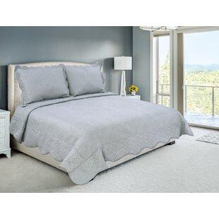 Karpinski Bedding Reversible Quilt Set