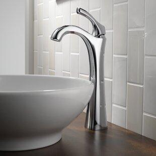 Delta Addison™ Single hole Bathroom Faucet and Diamond Seal™ Technology