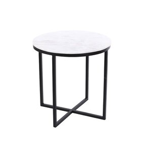 Minchinhampton End Table by Everly Quinn
