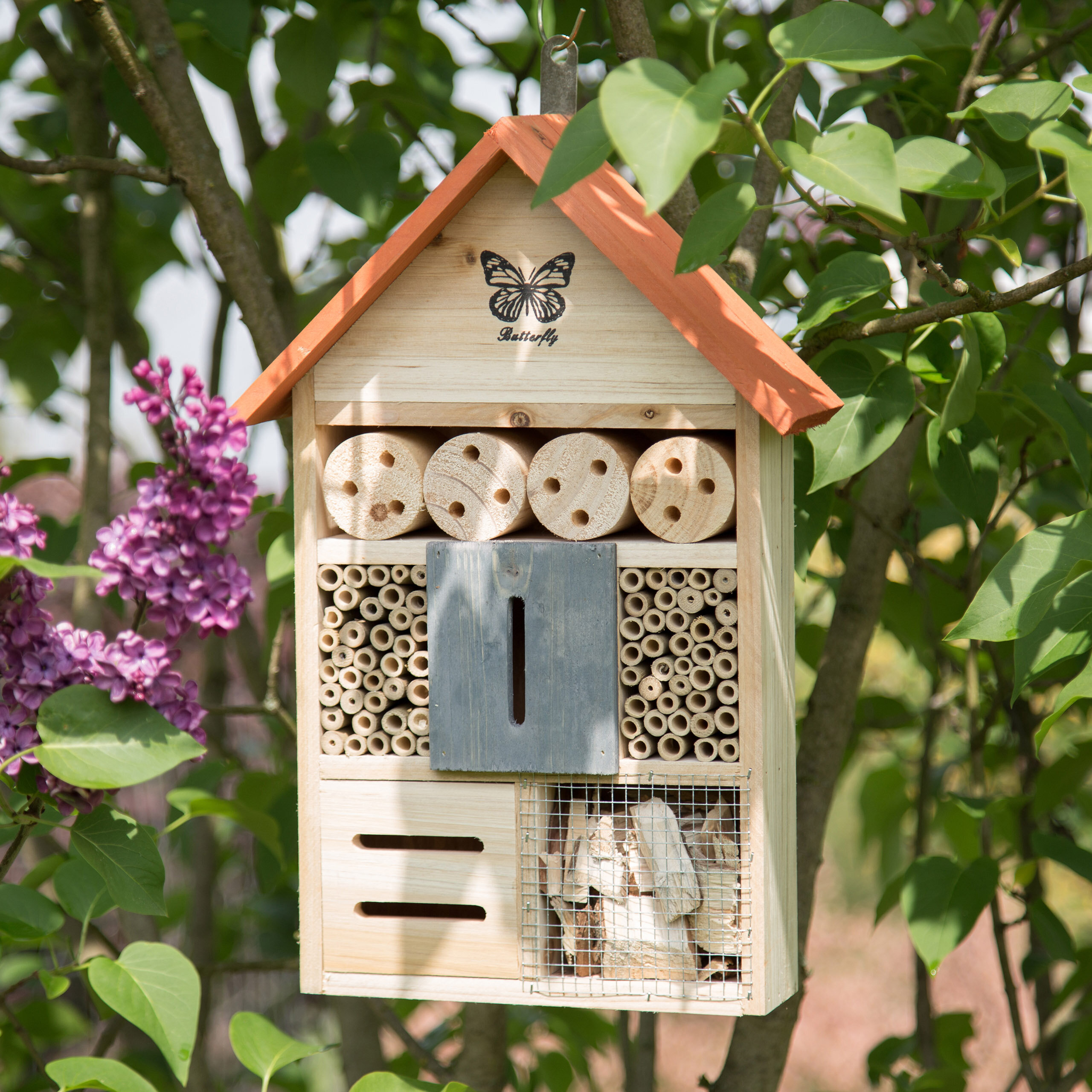 Insect Habitat Tower Hotel Wooden Natural Bee Nest Butterfly Bug Lady bird House