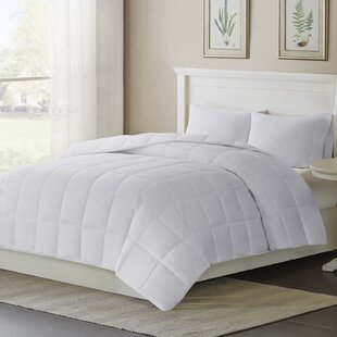 Thinsulate Year-Round Weight Down Alternative Comforter