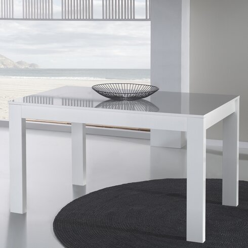 Concept Extendable Dining Table