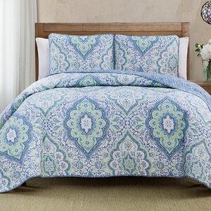 Diane 3 Piece Reversible Quilt Set