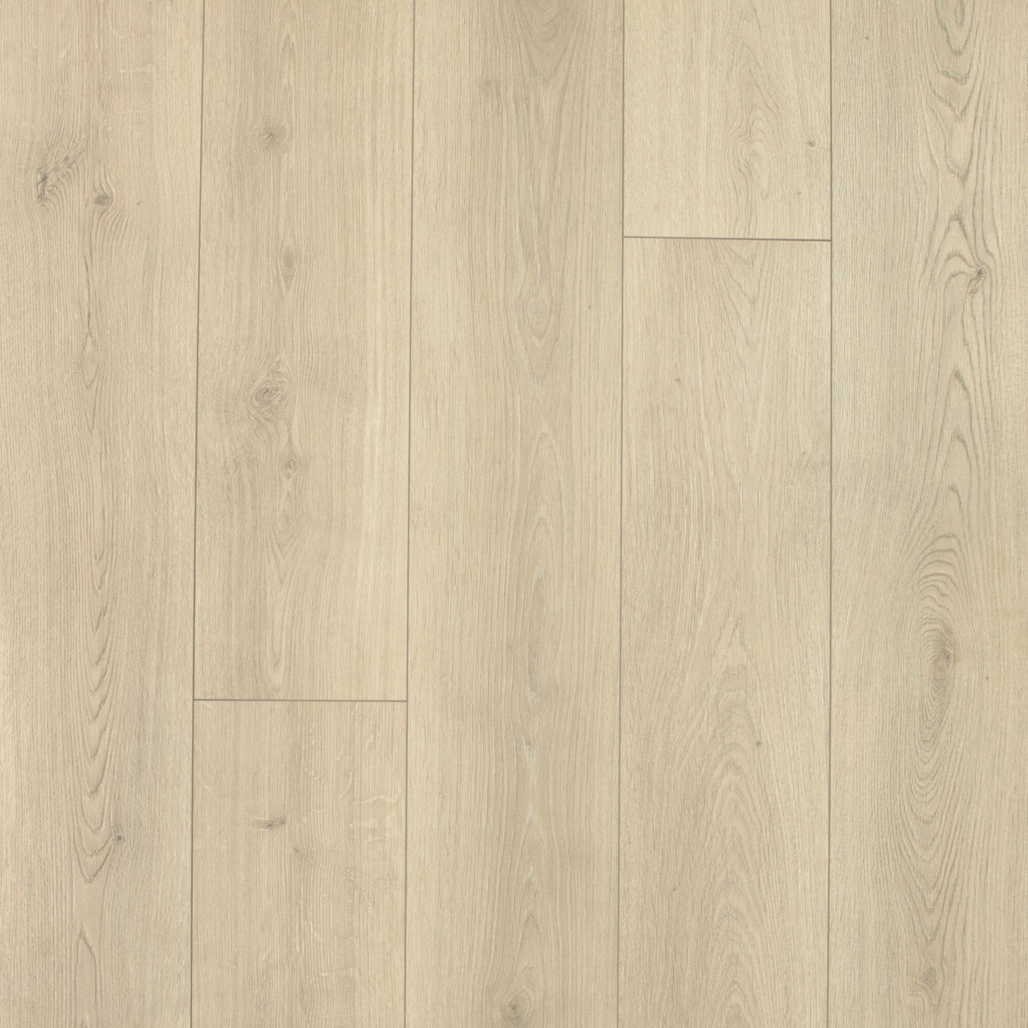 X 12mm Oak Laminate Flooring